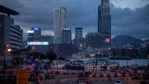 Biểu tình mới tại Hồng Kông - Page 2 Biau_t14