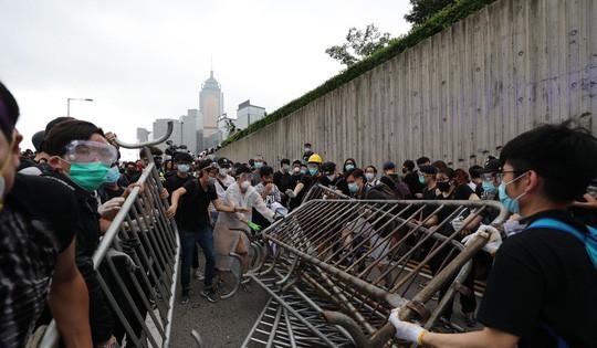 Biểu tình mới tại Hồng Kông Bieu-t17