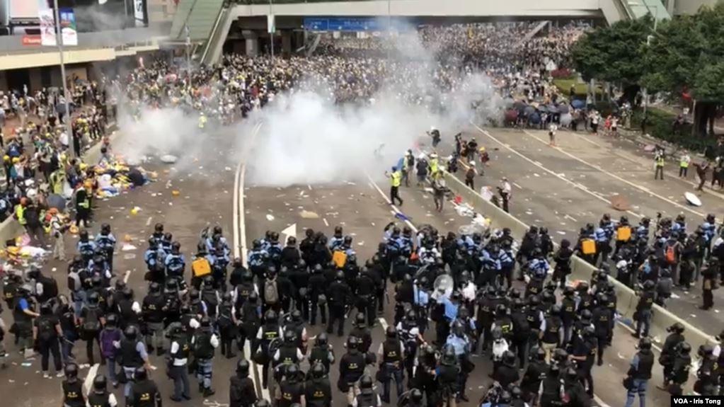 Biểu tình mới tại Hồng Kông Bieu-t19