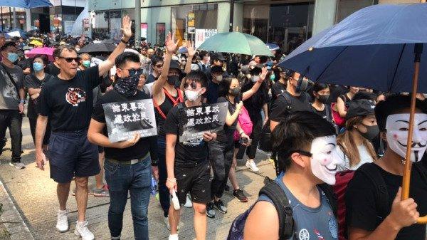 Biểu tình mới tại Hồng Kông - Page 4 Bieu-t30