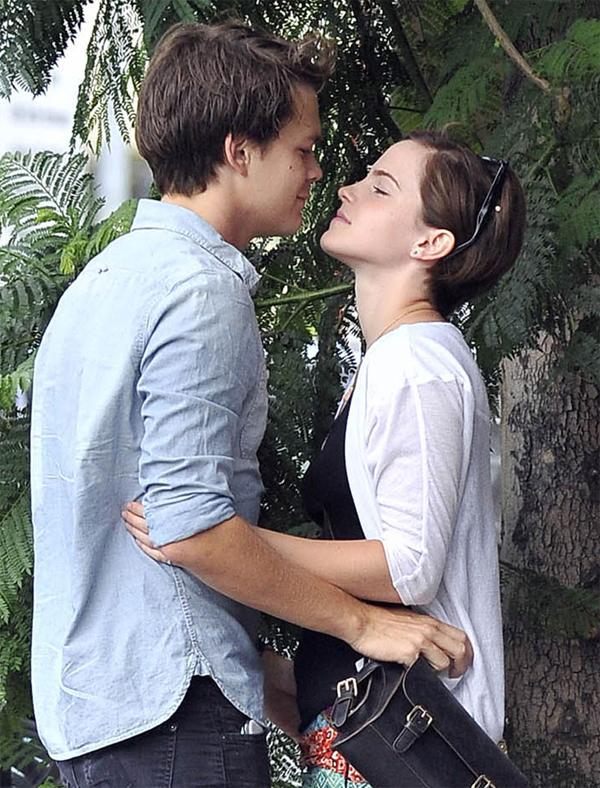 Tuổi trẻ phải yêu như Emma Watson Ew0510