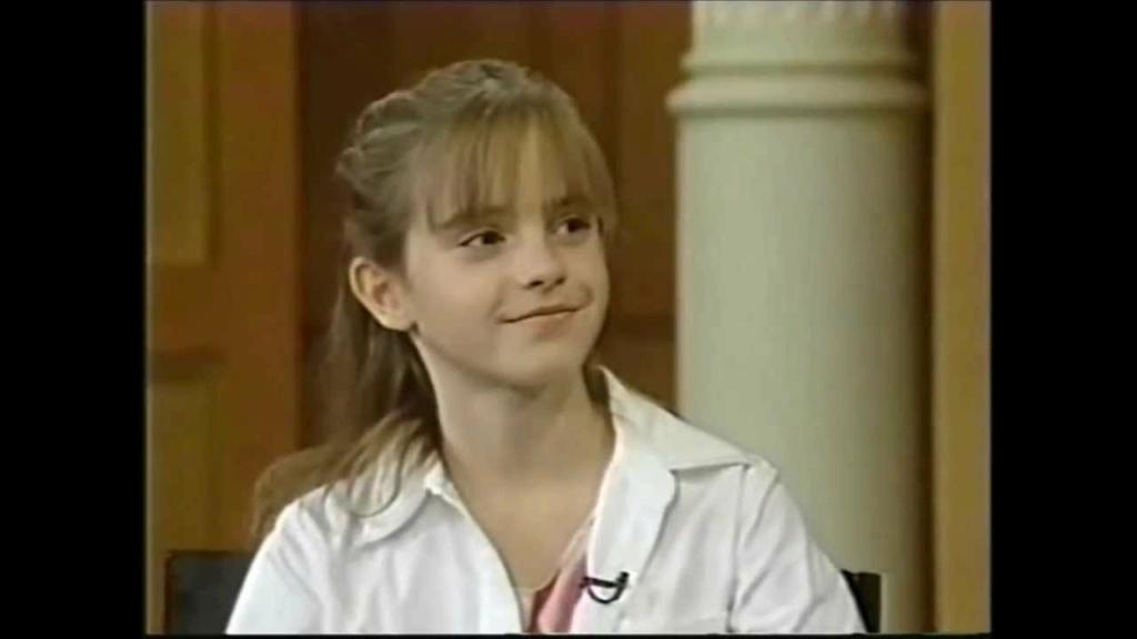 Emma Watson - Page 3 Ew200110