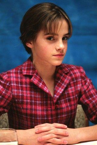 Emma Watson - Page 3 Ew200210