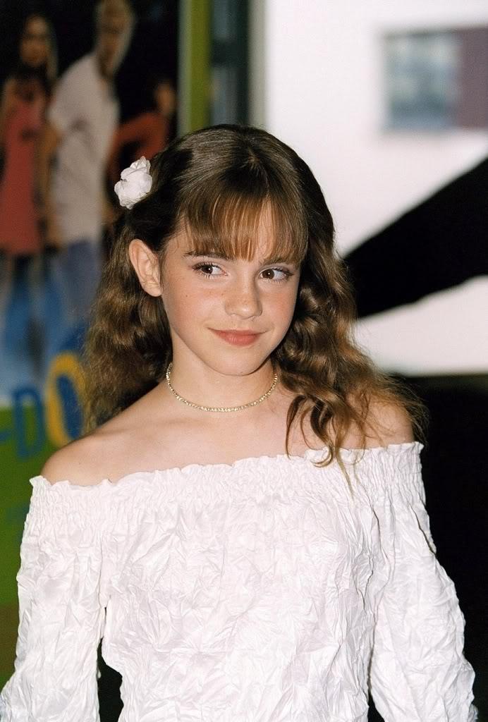 Emma Watson - Page 3 Ew200212