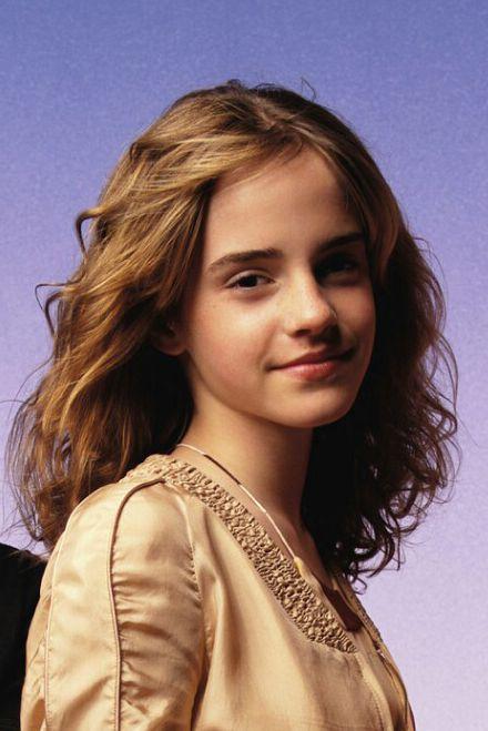 Emma Watson - Page 3 Ew200310