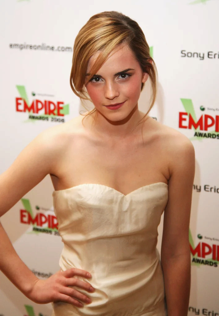 Emma Watson - Page 3 Ew200810