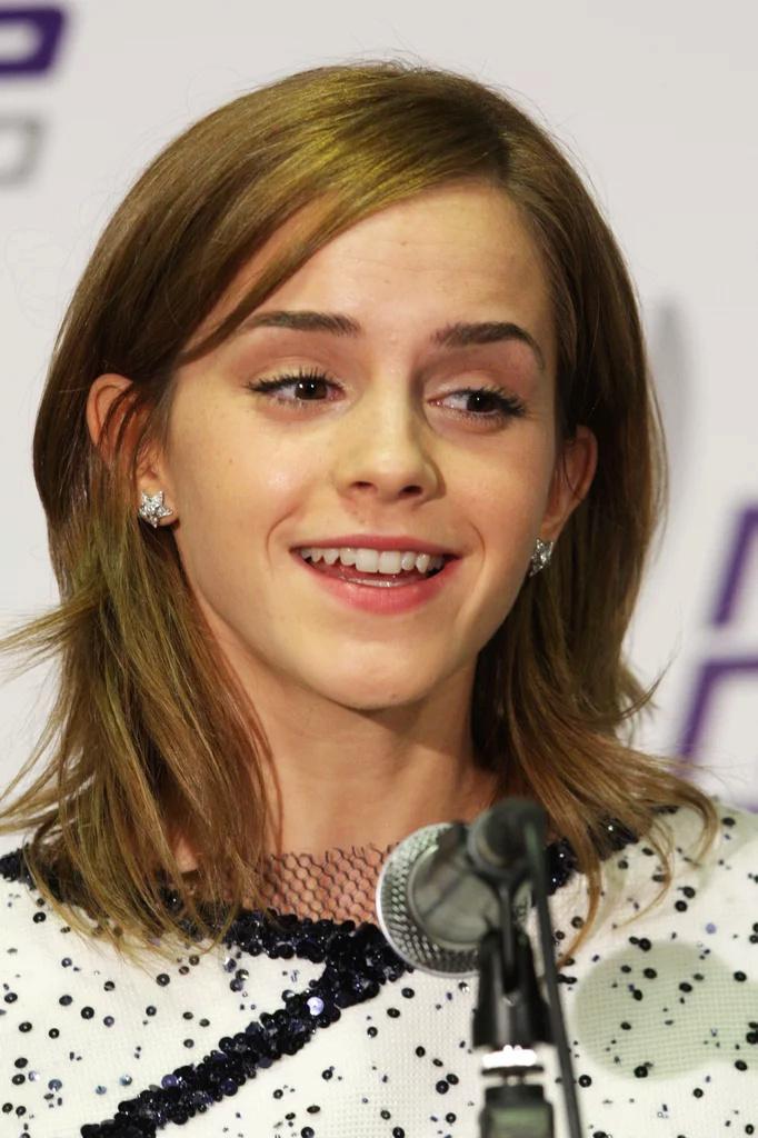 Emma Watson - Page 3 Ew201010