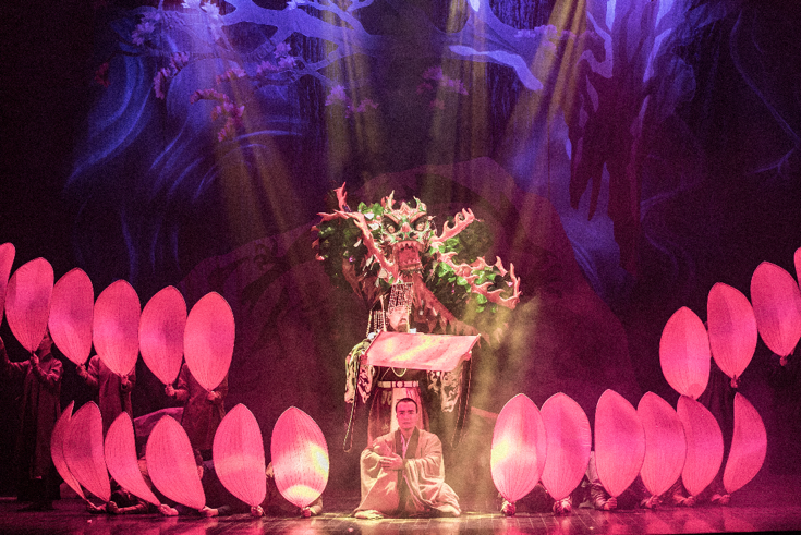 Có một thời Hà Nội say trong ánh đèn sân khấu... Hanoi_17