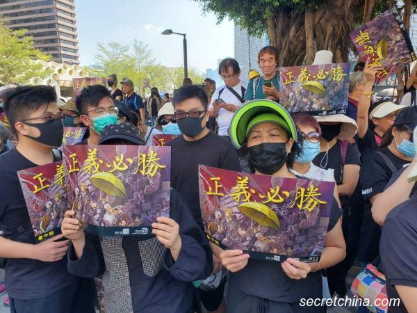 Biểu tình mới tại Hồng Kông - Page 4 Hk-0810