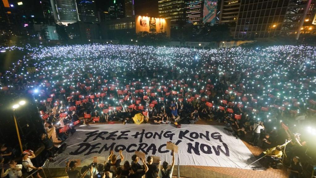 Người Hồng Kông không phải người Trung Quốc? Hkkhon57