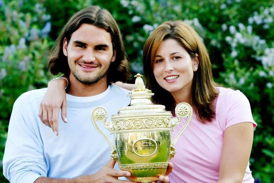Từ chối Hoàng tử Dubai, có thai với trai trẻ, 19 năm sau cô gái lên đỉnh cao thế giới Mirka013
