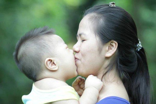 Những lợi ích tuyệt vời mà nụ hôn mang lại Nu-hon15