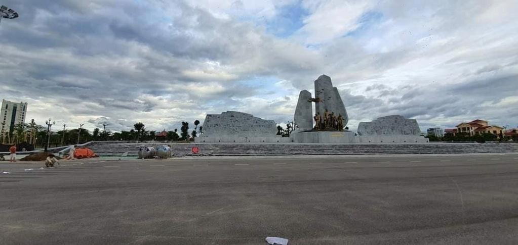 Quảng Bình: Tỉnh nghèo nhận gạo cứu đói khánh thành tượng đài gần 80 tỷ đồng Quang-10
