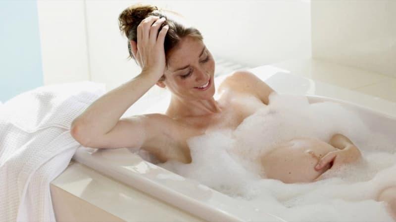 Điều gì xảy ra trên cơ thể khi tắm đêm?  Tam-to11