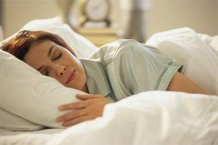 Hiểm họa cho sức khỏe do thiếu ngủ Thieun10