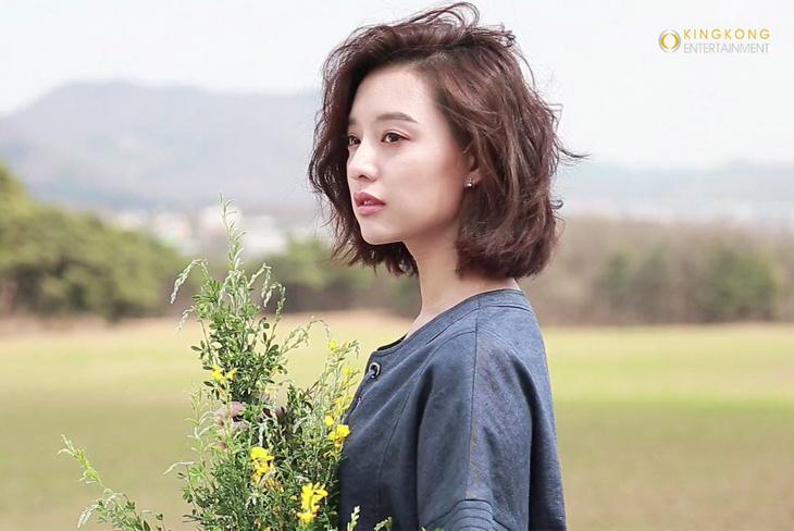 Tiếng lòng của những cô nàng dịu dàng thích tóc ngắn Toc-ng26