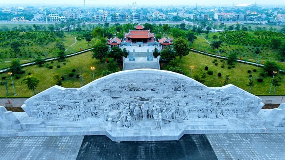 Tỉnh nghèo Thái Bình dựng tượng ông Hồ cao 5 mét Vn-tin10