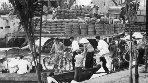"""""""Năm năm vàng son 1955-60"""" của Việt Nam Cộng Hòa  Vnch-310"""