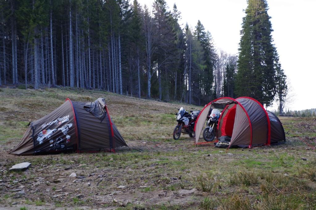 Mototent Lone Rider - Le test à l'épreuve des ours slovènes Imgp0910