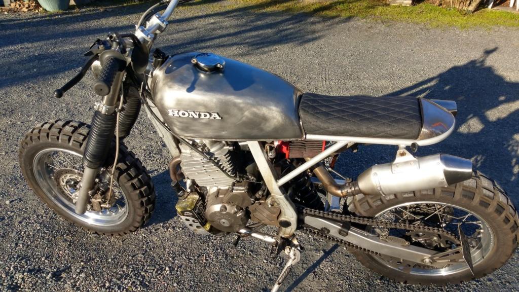 Restauration/préparation Honda XL600LM 1986 - Page 5 Imag2039