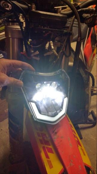 eclairage pour rouler la nuit performant - Page 40 Imag4315