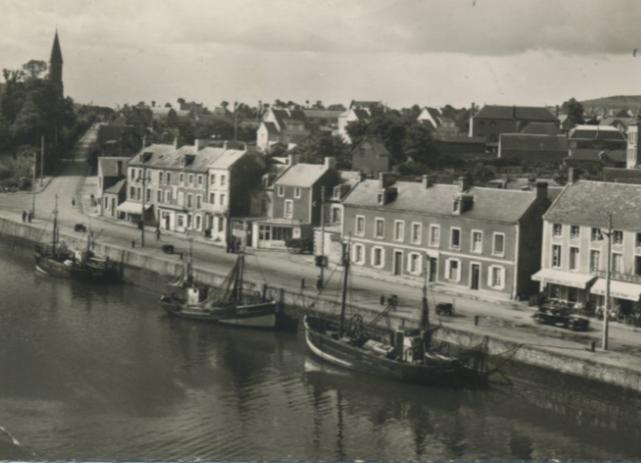 [VIE DES PORTS] Quelques bateaux de pêche (sur nos côtes Françaises) - Page 13 Port_e11