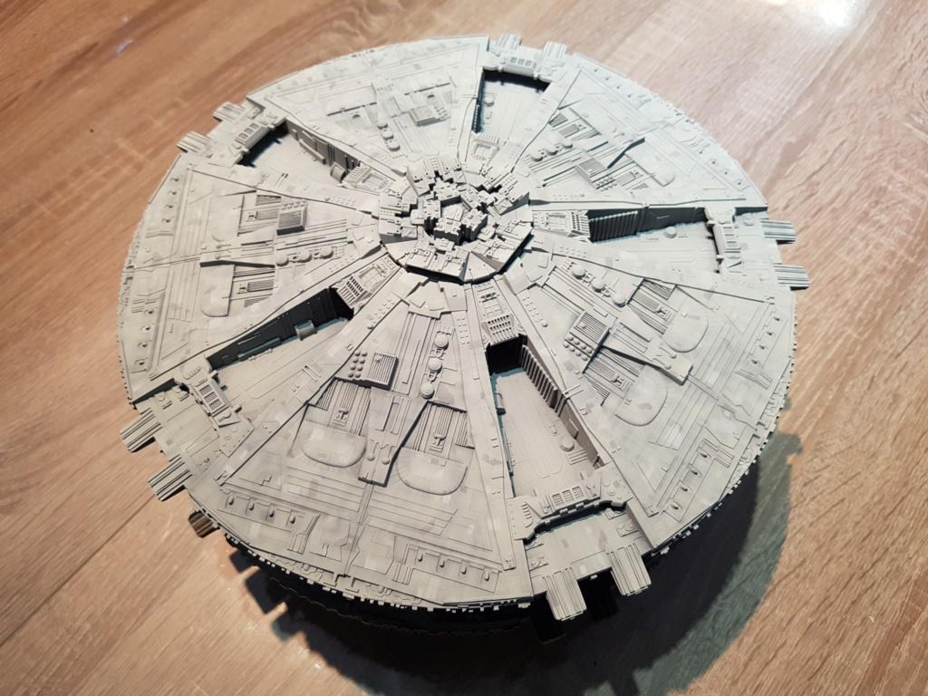Battlestar Galactica - Cylon Basestar - Revell Cylon_11