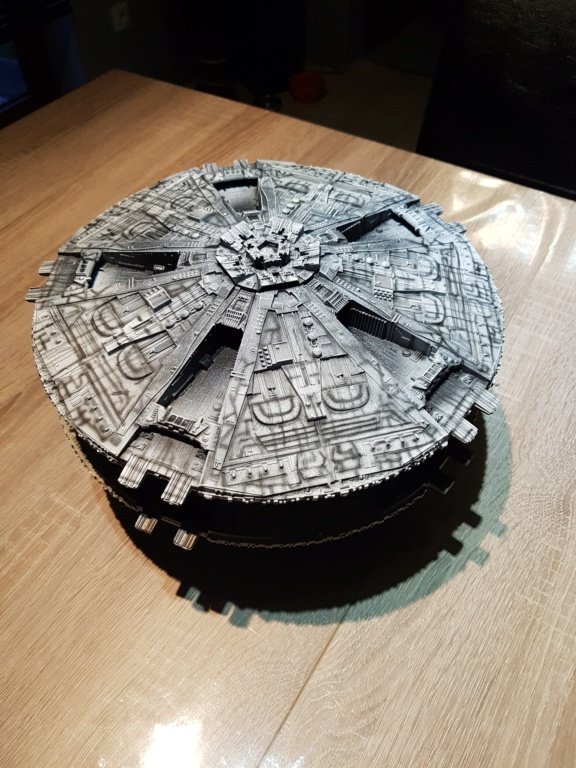 Battlestar Galactica - Cylon Basestar - Revell Cylon_12
