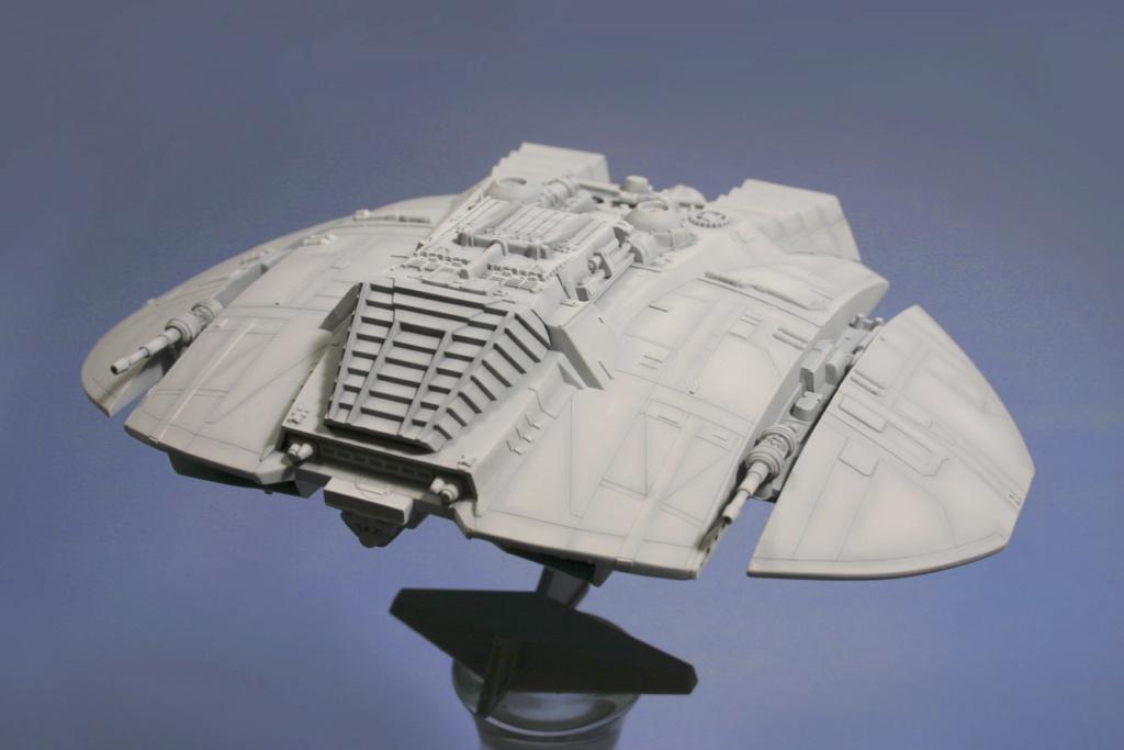 Battlestar Galactica - Cylon Raider - Revell Cylon_25