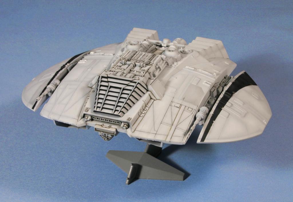 Battlestar Galactica - Cylon Raider - Revell Cylon_26