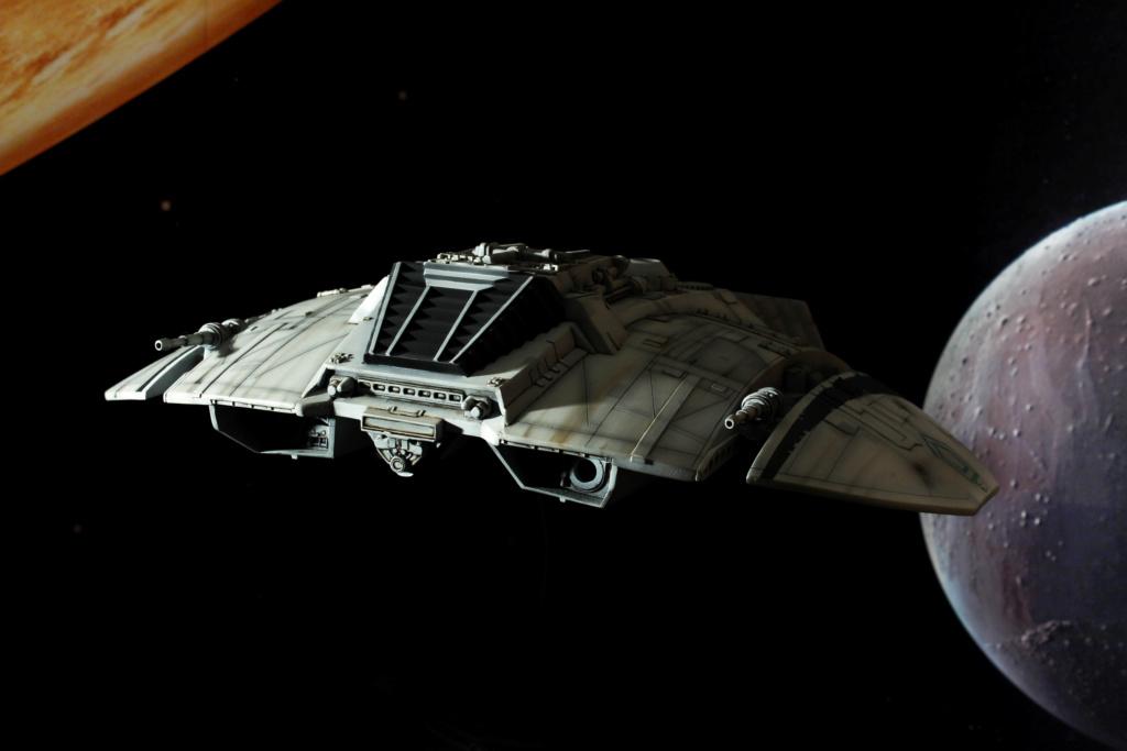 Battlestar Galactica - Cylon Raider - Revell Cylon_31