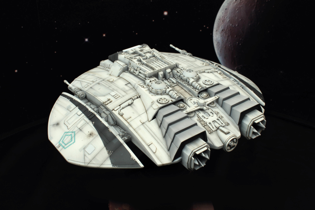 Battlestar Galactica - Cylon Raider - Revell Cylon_32