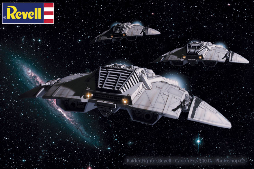 Battlestar Galactica - Cylon Raider - Revell Cylon_33