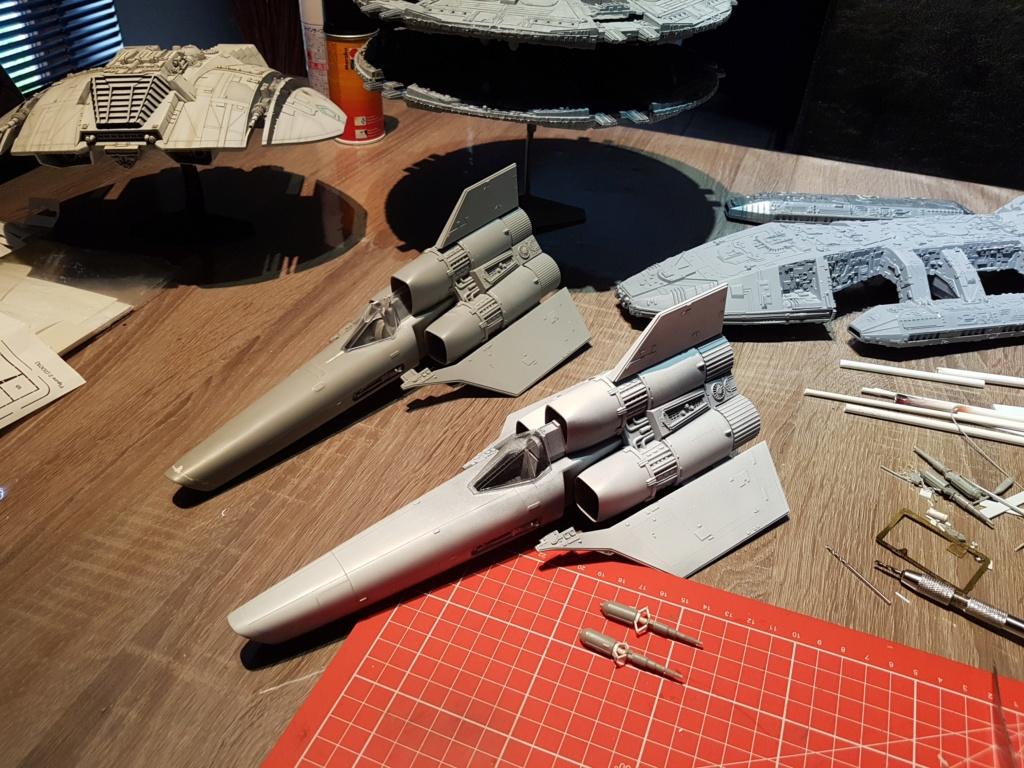 Colonial Viper - Battlestar Galactica - Monogram Galact13
