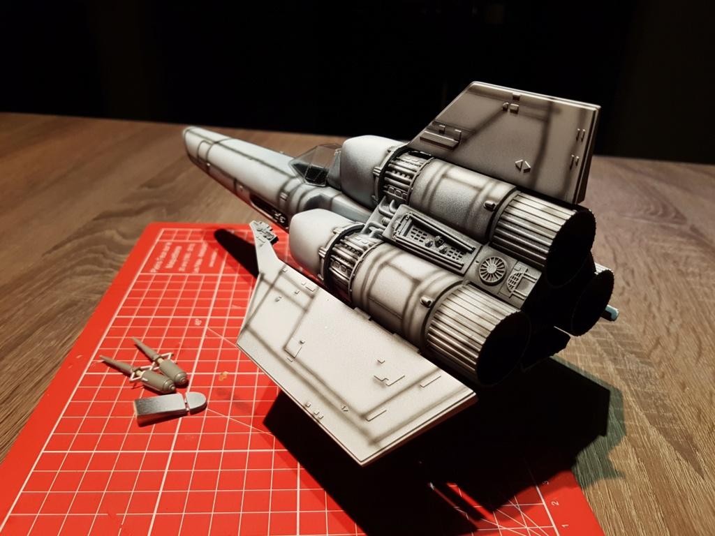Colonial Viper - Battlestar Galactica - Monogram Galact15