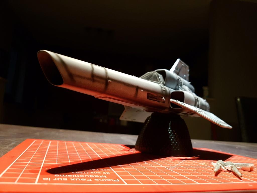 Colonial Viper - Battlestar Galactica - Monogram Galact17