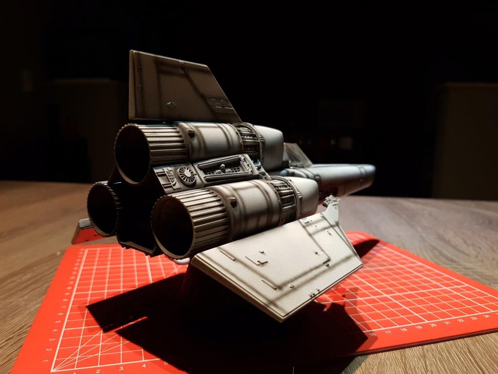 Colonial Viper - Battlestar Galactica - Monogram Galact18