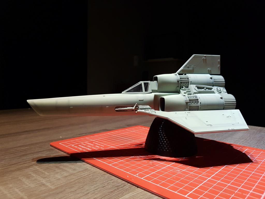 Colonial Viper - Battlestar Galactica - Monogram Galact22