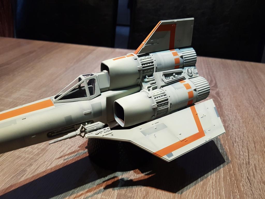 Colonial Viper - Battlestar Galactica - Monogram Galact30