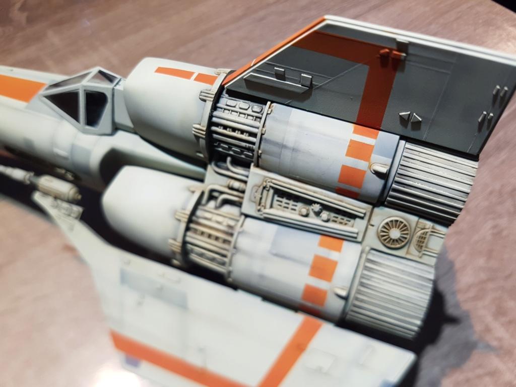 Colonial Viper - Battlestar Galactica - Monogram Galact34