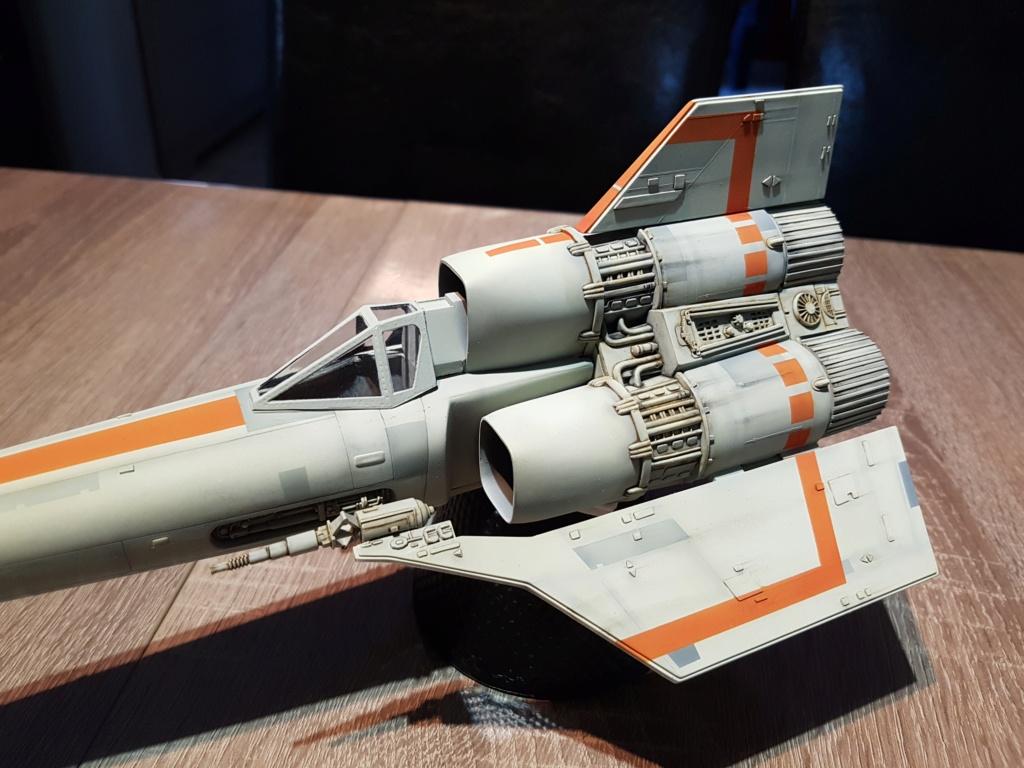 Colonial Viper - Battlestar Galactica - Monogram Galact36