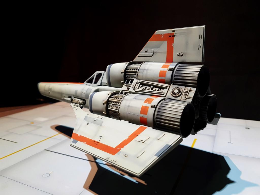 Colonial Viper - Battlestar Galactica - Monogram Galact39