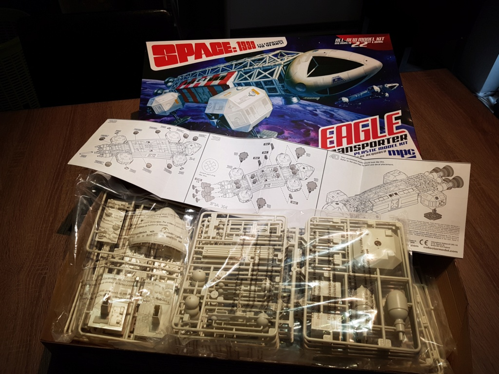 Space 1999 - Eagle transporter - MPC 1/48 Space_13