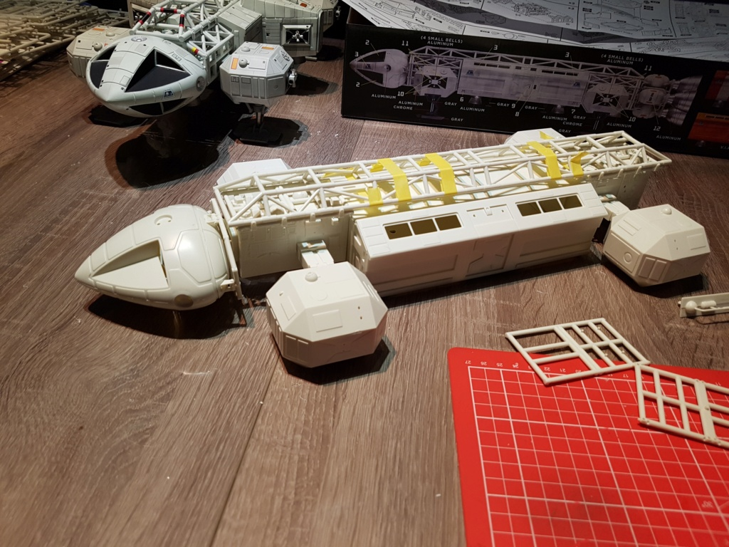 Space 1999 - Eagle transporter - MPC 1/48 Space_17