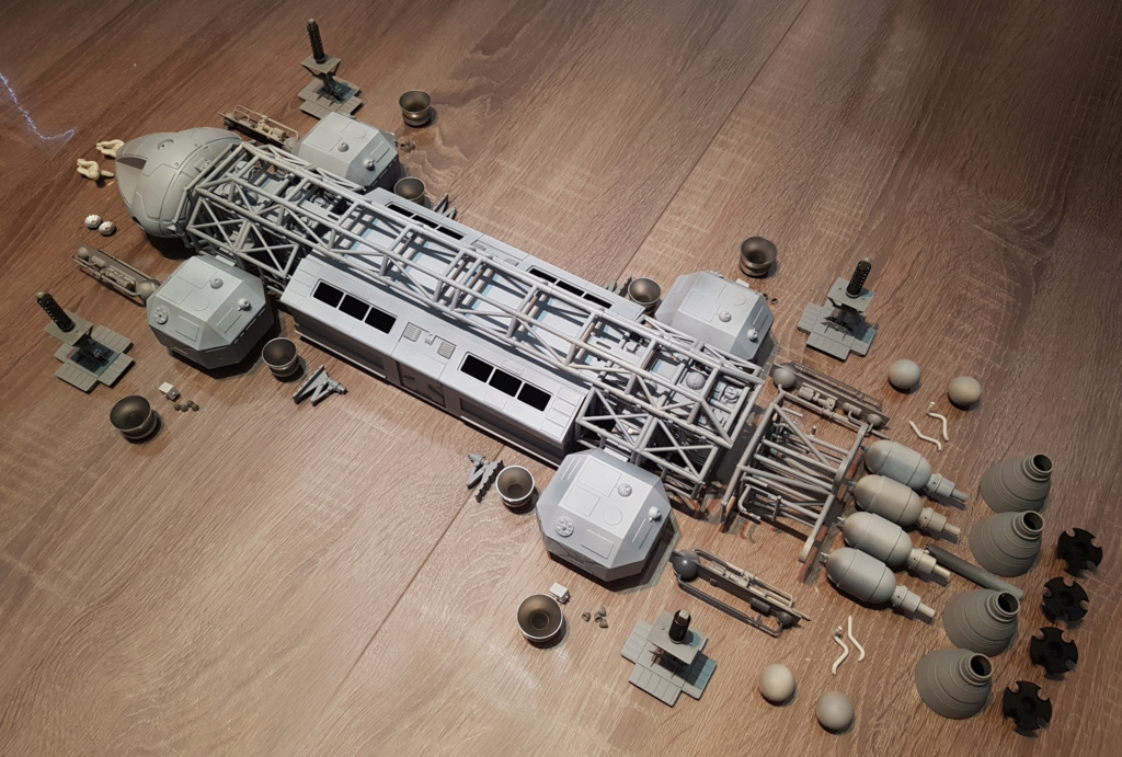 Space 1999 - Eagle transporter - MPC 1/48 Space_21