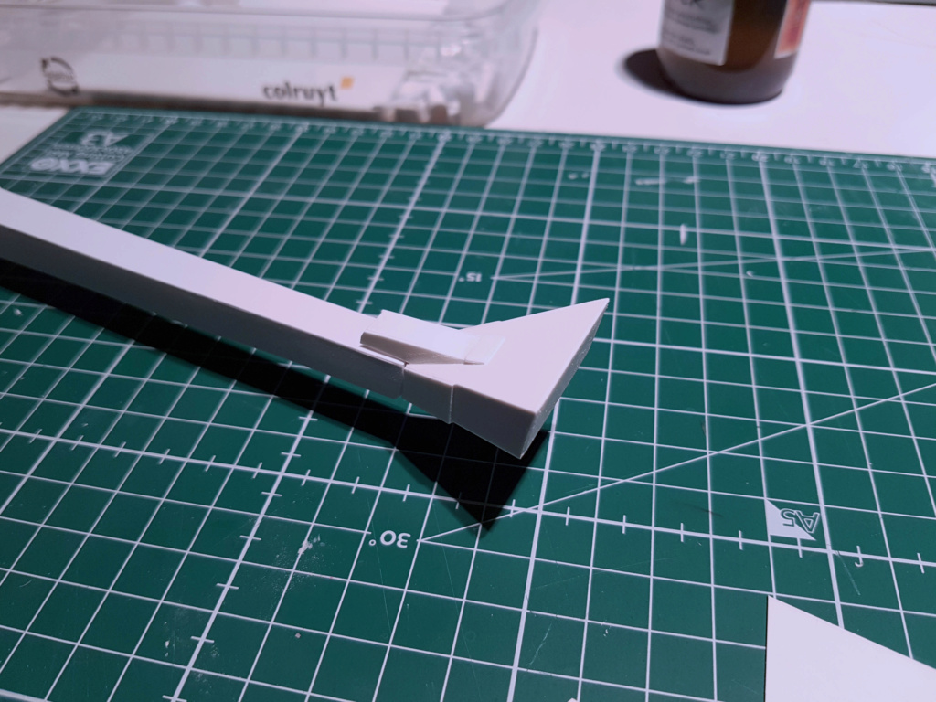 Ulysse 31 Trident - From Scratch (screen accurate). Ulysse46