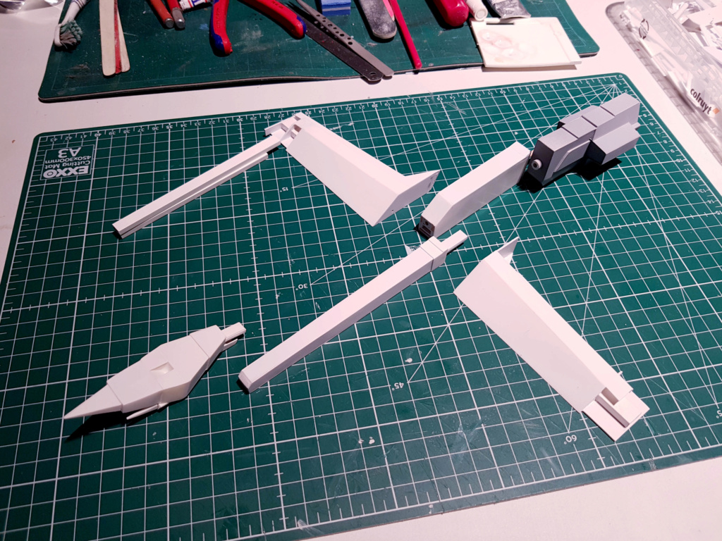 Ulysse 31 Trident - From Scratch (screen accurate). Ulysse68
