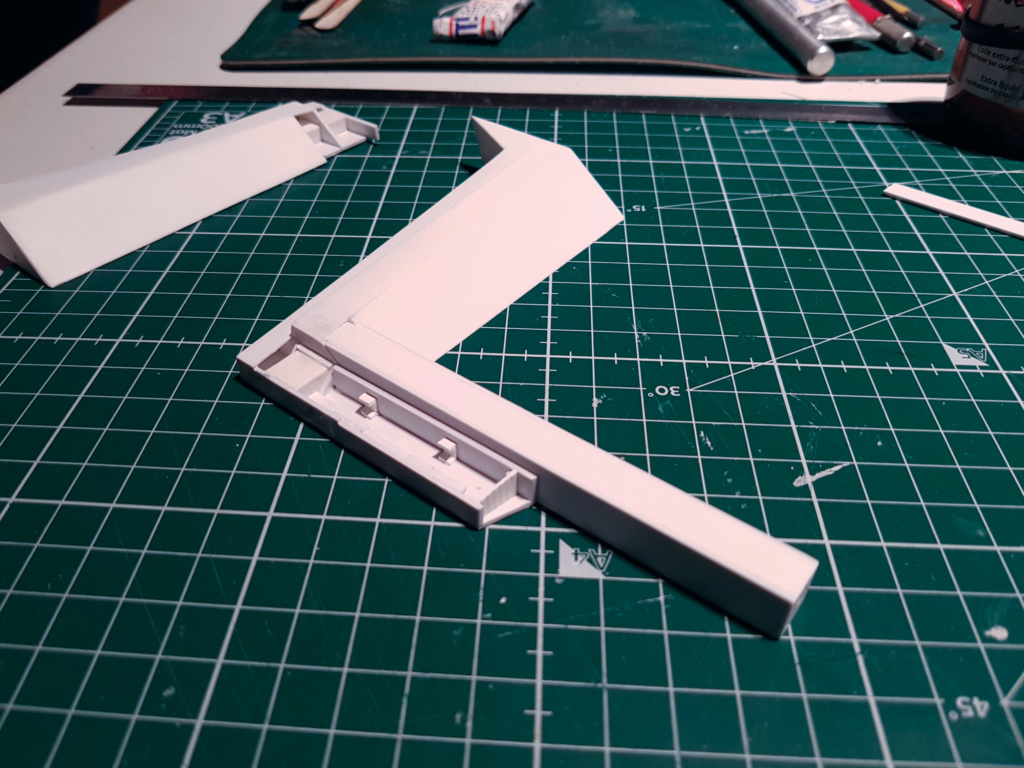 Ulysse 31 Trident - From Scratch (screen accurate). Ulysse69