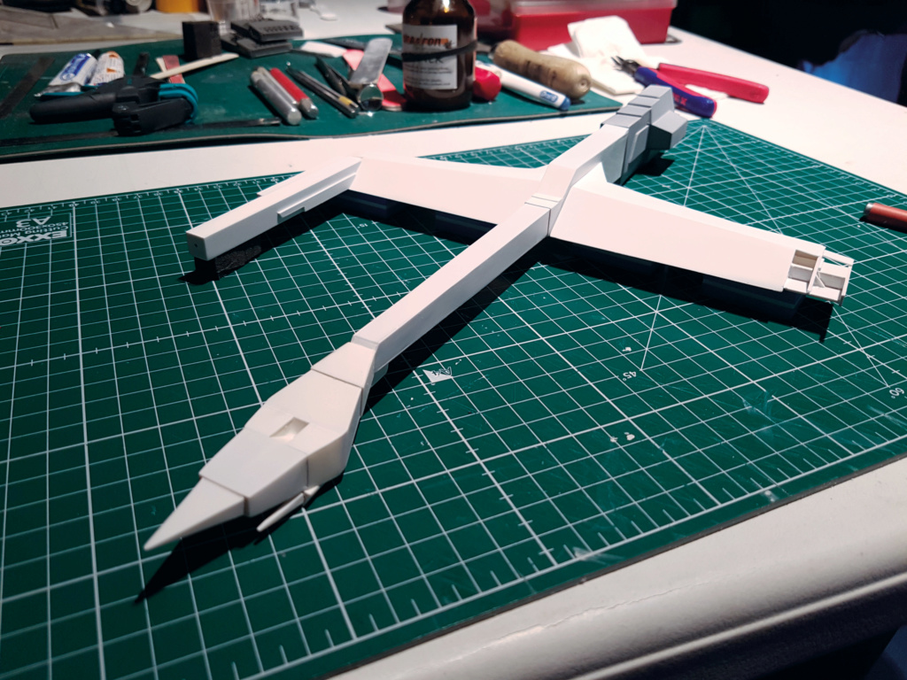 Ulysse 31 Trident - From Scratch (screen accurate). Ulysse72