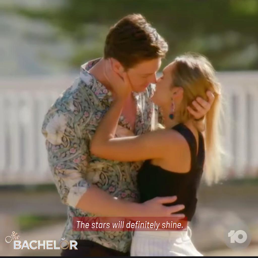 Chelsie - Black 1 Shoulder-sleeved Dress - Bachelor Australia - Matt Agnew - Season 7 - *Sleuthing Spoilers* - Page 5 Scree180